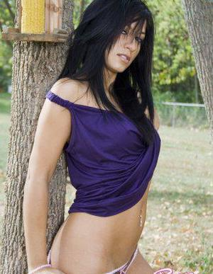 Meet local singles like Kandace from Somerville, Virginia who want to fuck tonight