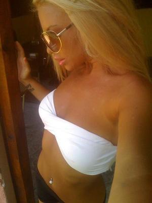 Charleen from Kansas is looking for adult webcam chat