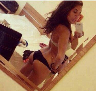 Earlene from Hydaburg, Alaska is looking for adult webcam chat