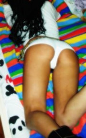 Kyla from Clinton, Kentucky is looking for adult webcam chat