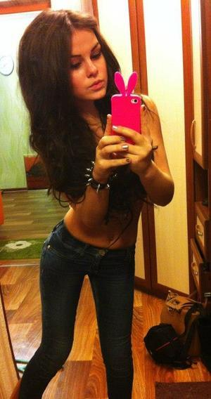 Mia from Oklahoma is looking for adult webcam chat
