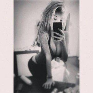 Claudie from Steilacoom, Washington is looking for adult webcam chat